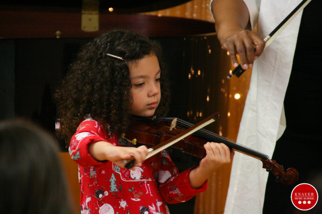 Young violinist Knauer Music School