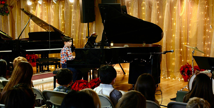 Recital Pianist 10 and Audience